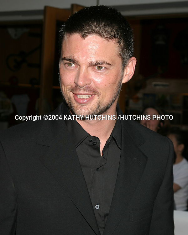 "©2004 KATHY HUTCHINS /HUTCHINS PHOTO.WORLD PREMIERE OF.THE CHRONICLES OF RIDDICK"".UNIVERSAL CITY, CA.JUNE  3 , 2004..KARL URBAN."