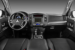 Straight dashboard view of a 2009 Mitsubishi Pajero InStyle 5 Door SUV