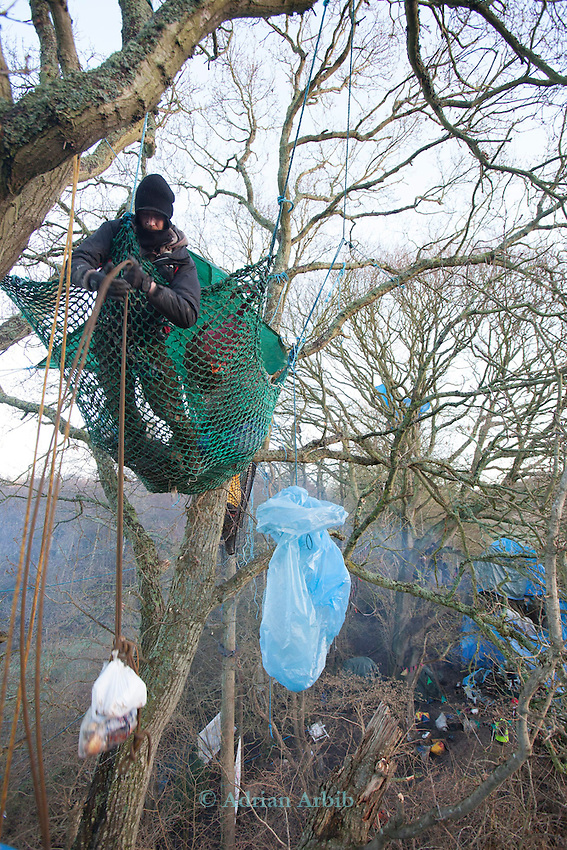 First days  Evictions at the decoy pond Combe Haven . Bexhill Hastings bypass..I person was arrested but noone  was removed ftom the trees  despite husge secuirty prescence -Around 50 security turned up and  15 people remain in the trees