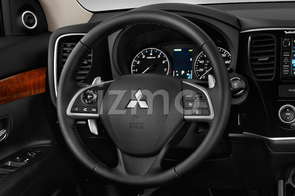 Car pictures of steering wheel view of a 2014 Mitsubishi Outlander Instyle 5 Door SUV