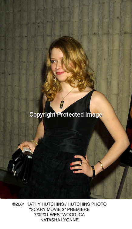 "©2001 KATHY HUTCHINS / HUTCHINS PHOTO.""SCARY MOVIE 2"" PREMIERE.7/02/01 WESTWOOD, CA.NATASHA LYONNE"