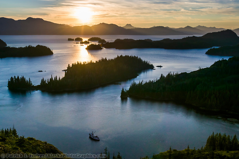 Tour boat Discovery, western shore islands of Knight Island, Prince William Sound, Kenai mountains, Chugach National forest, Alaska