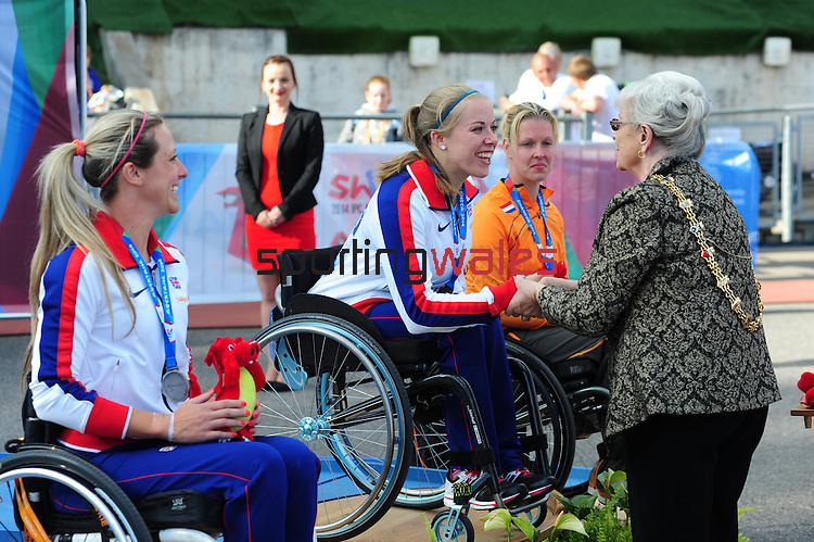 IPC European Athletics Championship 2014<br /> Swansea University<br /> <br /> Medal ceremony: Women's 800m T34.<br /> <br /> 22.08.14<br /> Chris Vaughan-SPORTINGWALES