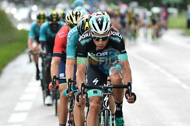 Bora-Hansgrohe lead the peleton during Stage 2 of the 2018 Criterium du Dauphine 2018 running 181km from Montbrison to Belleville, France. 5th June 2018.<br /> Picture: ASO/Alex Broadway | Cyclefile<br /> <br /> <br /> All photos usage must carry mandatory copyright credit (© Cyclefile | ASO/Alex Broadway)