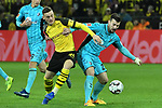 01.12.2018, Signal Iduna Park, Dortmund, GER, DFL, BL, Borussia Dortmund vs SC Freiburg, DFL regulations prohibit any use of photographs as image sequences and/or quasi-video<br /> <br /> im Bild v. li. im Zweikampf Sergio Gomez (#34, Borussia Dortmund) Jerome Gondorf (#20, SC Freiburg) <br /> <br /> Foto © nordphoto/Mauelshagen