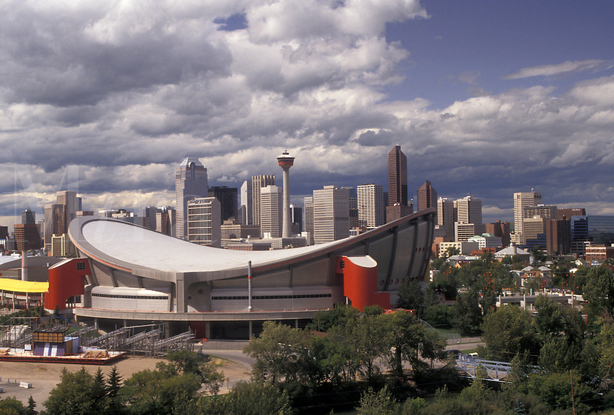 AJ3619, Calgary, skyline, Alberta, Sadledome, Canada, The Canadian Airlines Saddledome and skyline of Calgary in the province of Alberta.