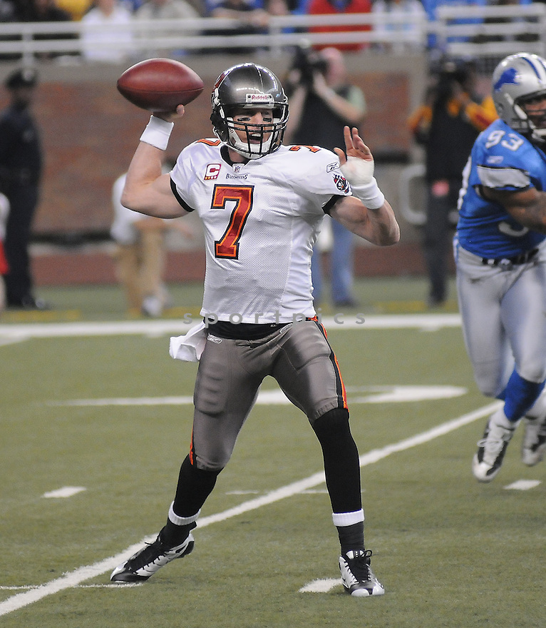 JEFF GARCIA, of the Tampa Bay Buccaneers in action against the Detroit Lions during the Buccaneers game  in Detroit, Michigan on November 23, 2008..Buccaneers  win 38-20