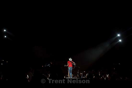 Country superstar Brad Paisley performs at Usana Amphitheater Saturday, September 19 2009 in West Valley City.