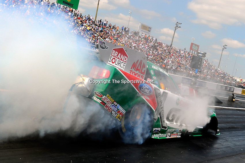 Apr 11, 2010; 12:11:04 PM; Baytown, TX., USA; The NHRA Full Throttle Drag Racing Series event running the O'Reilly Auto Parts NHRA Spring Nationals at the Houston RaceWay Park.  Mandatory Credit: (thesportswire.net)