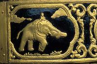 Asie/Birmanie/Myanmar/Yangon: Lac Kandawgye - Le Karaweik - Détail éléphant