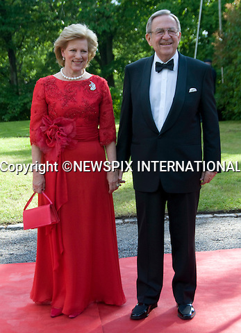 "KING CONSTANTINE AND QUEEN ANNE-MARIE OF GREECE.PRINCESS VICTORIA_PRE-WEDDING DINNER.hosted by the Swedish Government, Eric Ericsonhallen, Stockholm_18/062010.Mandatory Credit Photo: ©DIAS-NEWSPIX INTERNATIONAL..**ALL FEES PAYABLE TO: ""NEWSPIX INTERNATIONAL""**..IMMEDIATE CONFIRMATION OF USAGE REQUIRED:.Newspix International, 31 Chinnery Hill, Bishop's Stortford, ENGLAND CM23 3PS.Tel:+441279 324672  ; Fax: +441279656877.Mobile:  07775681153.e-mail: info@newspixinternational.co.uk"