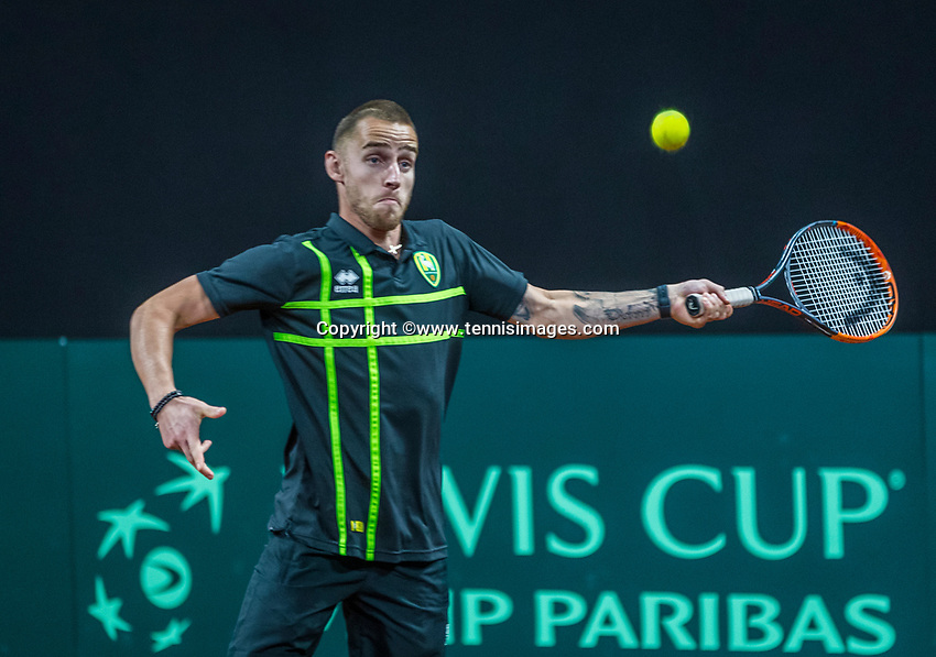 The Hague, The Netherlands, September 13, 2017,  Sportcampus , Davis Cup Netherlands - Chech Republic, Training Dutch team, Football club FC Den Haag is visiting<br /> Photo: Tennisimages/Henk Koster