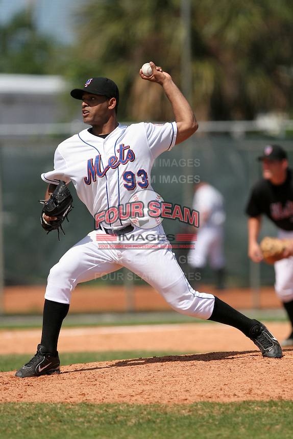 New York Mets minor leaguer Ricardo Morales during Spring Training at the Carl Barger Training Complex on March 22, 2007 in Melbourne, Florida.  (Mike Janes/Four Seam Images)