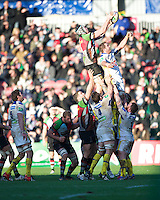 Nick Kennedy of Harlequins wins the lineout during the Heineken Cup Round 5 match between Harlequins and ASM Clermont Auvergne at the Twickenham Stoop on Saturday 11th January 2014 (Photo by Rob Munro)