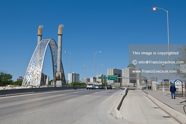 Winnipeg Route 52 and the Norwood Bridge are pictured in Winnipeg Thursday May 26, 2011.