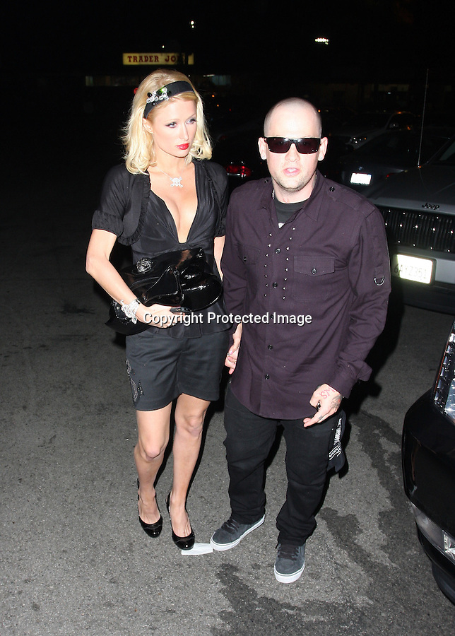 www.AbilityFilms.com.805-427-3519.AbilityFilms@yahoo.com..6-25-08 Paris Hilton leaving hollywood night club the Crown Bar with a bald Benji Madden