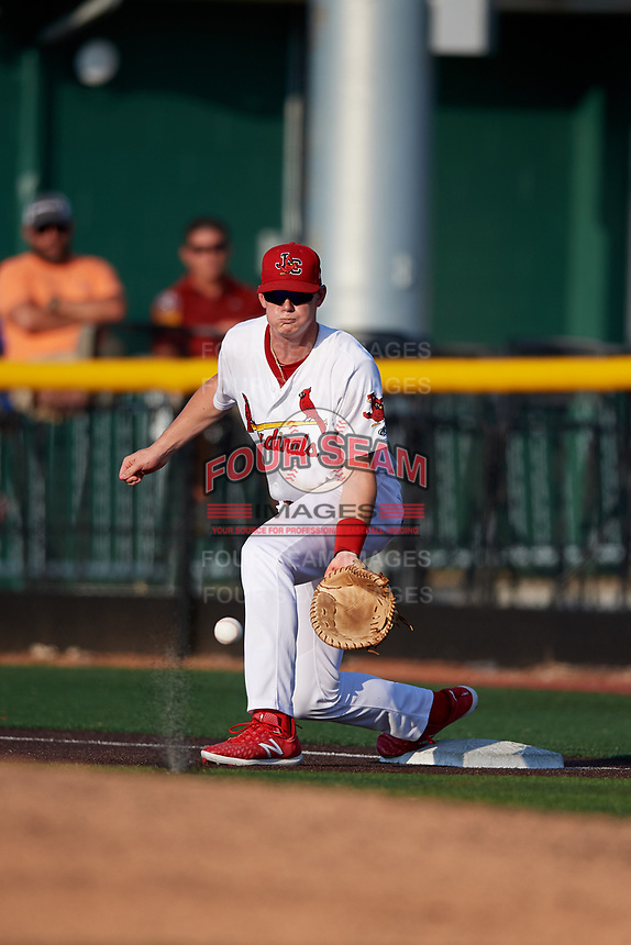 Johnson City Cardinals first baseman Kevin Woodall (34) waits to receive a throw during a game against the Danville Braves on July 29, 2018 at TVA Credit Union Ballpark in Johnson City, Tennessee.  Johnson City defeated Danville 8-1.  (Mike Janes/Four Seam Images)