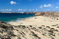 Spain, Canary Island, Lanzarote, bei Playa Blanca: View over Playa de las Mujeres | Spanien, Kanarische Inseln, Lanzarote, bei Playa Blanca: am Playa de las Mujeres