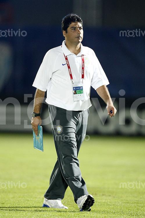 Fussball International Achtelfinale U 20 WM  Spanien 4-2 Brasilien n.V. Enttaeuschung BRA; Abgang Trainer Nelson Rodrigues (BRA)