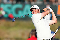 Rory McIlroy (NIR) tees off on the 17th hole during the second round of the 118th U.S. Open Championship at Shinnecock Hills Golf Club in Southampton, NY, USA. 15th June 2018.<br /> Picture: Golffile | Brian Spurlock<br /> <br /> <br /> All photo usage must carry mandatory copyright credit (&copy; Golffile | Brian Spurlock)