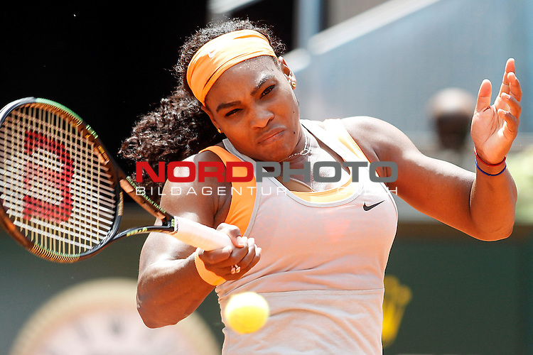 Serena Williams, USA, during Madrid Open Tennis 2015 match.May, 8, 2015.Foto © nph / Acero)