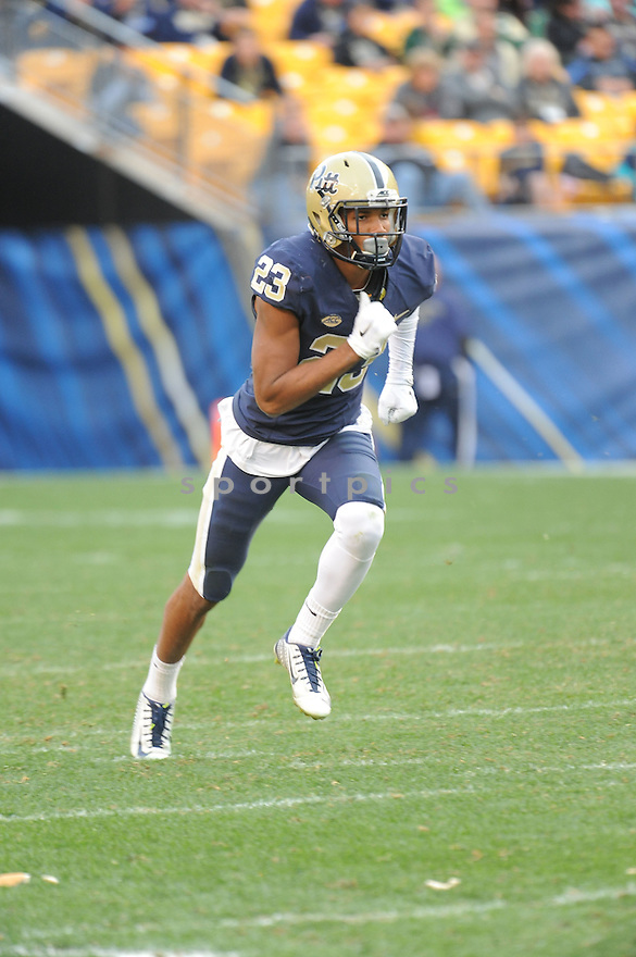 Pittsburgh Panthers Tyler Boyd (23) during a game against the Miami Hurricanes on November 27, 2015 at Heinz Field in Pittsburgh, PA. Miami beat Pittsburgh 29-24.