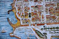 France/06/Alpes Maritimes/ Antibes: Mosaique dans la vieille ville représentant un plan de la cité