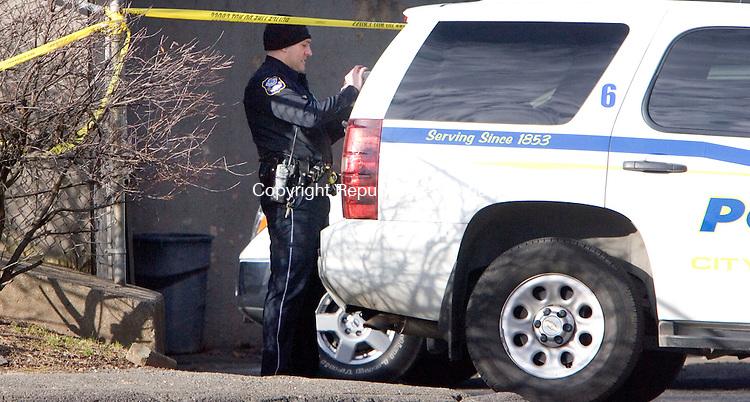 WATERBURY, CT. 13 December 2011-121311SV02-Police investigate a shooting at 256 Austin Road in Waterbury Tuesday. Steven Valenti Republican-American