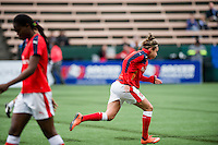 Seattle, WA - Thursday, May 26, 2016: Arsenal Ladies FC midfielder Jodie Taylor (18). The Seattle Reign FC of the National Women's Soccer League (NWSL) and the Arsenal Ladies FC of the Women's Super League (FA WSL) played to a 1-1 tie during an international friendly at Memorial Stadium.