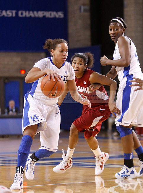 UK point guard Amber Smith drives the lane during the second half of the UK Women's basketball game against Alabama on 1/29/12 at Memorial Coliseum in Lexington, Ky. Photo by Quianna Lige | Staff