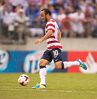 Landon Donovan (10) of the United States breaks on goal during the quarterfinals of the CONCACAF Gold Cup at M&T Bank Stadium in Baltimore, MD.  The United States defeated El Salvador, 5-1.