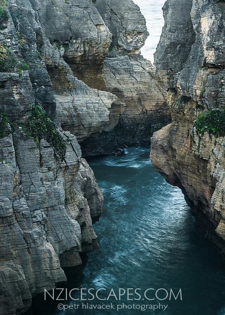 Weathered limestone formations in Punakaiki, Paparoa National Park, Buller Region, West Coast, New Zealand, NZ