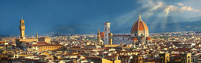 Panoramic view of Florence with  the Palazzio Vecchio and The Duomo, Italy