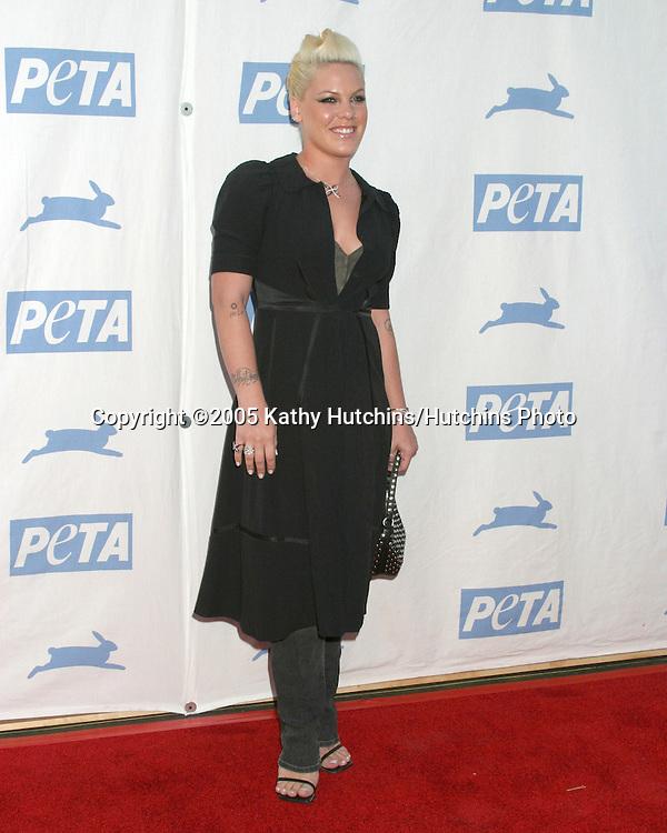 Pink.PETA 25TH ANNIVERSARY GALA.Paramount Studios.Los Angeles, CA.September 10, 2005.©2005 Kathy Hutchins / Hutchins Photo