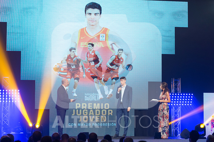Carlos Alocen picks up the Best Young Player Award during the first edition of Spanish Basketball Awards. July 25, 2019. (ALTERPHOTOS/Francis Gonzalez)