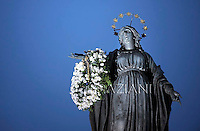 Immaculate Conception Spanish Square, Rome, Italy.Pope Benedict XVI ceremony during the traditionnal visit to the statue of Mary on the day of the celebration of the Immaculate Conception et Piazza di Spagna (Spanish Square) on December 8, 2012.