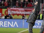 05.02.2011, Bruchwegstadion, Mainz, GER, 1. FBL, FSV Mainz 05 vs Werder Bremen, im Bild Thomas Schaaf (Bremen Trainer) beim 1:1, Foto © nph / Roth
