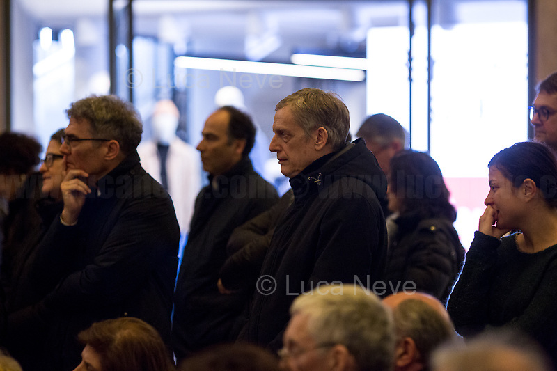 """Gianni Cuperlo. <br /> <br /> Rome, 03/02/20. The Galleria Alberto Sordi (outside la Feltrinelli store) was the venue for the book presentation """"Giulio Fa Cose"""" (Giulio Does Things, Ed. la Feltrinelli 1.) written by Paola Deffendi and Claudio Regeni (Giulio Regeni's Parents), and Alessandra Ballerini (Regeni's Lawyer). The event was hosted by Marino Sinibaldi (Journalist, literary critic, Radio host). Reader was Valerio Mastandrea (Director & Actor). From la Feltrinelli's website: «The world of politics has not yet responded to the tragedy of Giulio Regeni, who died on 25 January 2016 in Cairo. Al Sisi's Egypt did not respond. Indeed, it continues to sabotage the investigation into the kidnapping, torture and murder of the son of Paola and Claudio Regeni: in four years the Egyptians have killed five innocent people, invented incredible stories, falsified documents to remove suspects from their apparatuses. But without succeeding[…]» (1.)<br /> Giulio Regeni was an Italian Cambridge University graduate (PhD student at Girton College) who was kidnapped, tortured and killed in Egypt while he was researching Egypt's independent trade unions. The body of the 28-year-old researcher was found on a Cairo road on 3 February 2016. According to the autopsy, Giulio died after a vertebra in his neck was fractured. Moreover, his body - found on the Cairo-Alexandria desert road - shown signs of tortures, abrasions - including marks similar to cigarette burns - and fractures. After four years of disinformation, depistaggi, reticence, misdirection, the role of the Cambridge University, the role of President Al-Sisi Egyptian regime, after four years of a very difficult investigations for the Italian Police, the Regeni family and thousands of people are still calling for immediate truth about this brutal assassination.<br /> <br /> 1. http://bit.do/fqv39<br /> https://giuliosiamonoi.wordpress.com<br /> http://bit.do/frEzC<br /> 25.01.20 4 Anni Senza Giulio http://bit.do/frExj<br /> Vi"""