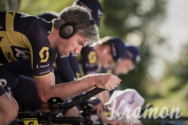 Damien Howson (AUS/ORICA-Scott) warming up<br /> <br /> Men's Team Time Trial<br /> <br /> UCI 2017 Road World Championships - Bergen/Norway