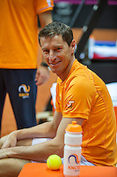 13 April, 2016, France, Trélazé, Arena Loire,   Semifinal FedCup, France-Netherlands, Dutch team warming up, captain Paul Haarhuis<br /> Photo:Henk Koster/tennisimages