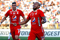 SANTIAGO DE CHILE-CHILE, 10-03-2020: Duvan Vergara de America de Cali, celebra el primer gol anotado a Universidad Catolica, durante partido de la fase de grupos, grupo E, fecha 2, entre Universidad Catolica (CHL) y America de Cali (COL) por la Copa Conmebol Libertadores 2020, en el estadio San Carlos de Apoquindo, de la ciudad Santiago de Chile. / Duvan Vergara player of America de Cali, celebrates the first scored goal to Universidad Catolica, during a match of the groups phase, group E, 2nd date, between Universidad Catolica (CHL) of America de Cali (COL) for the Conmebol Libertadores Cup 2020, at the San Carlos de Apoquindo in Santiago de Chile. / Photo: VizzorImage / Martin Thomas / Photosport / Cont.