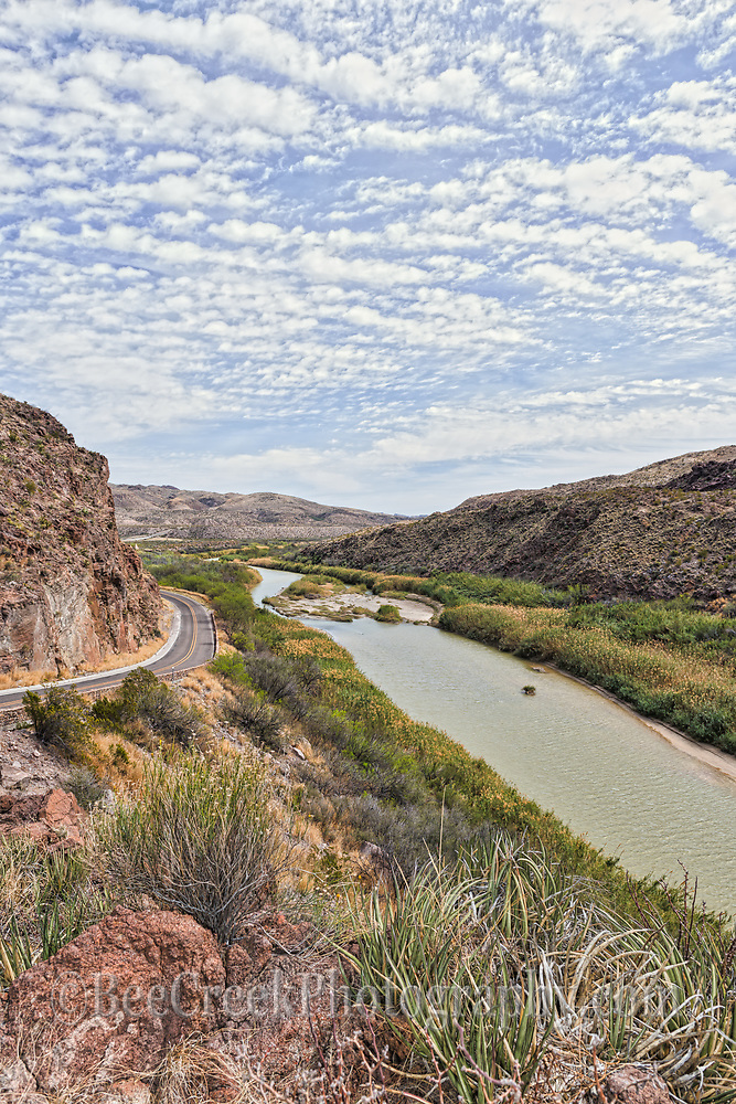 A verticle view of Rio Grande Scenic Overlook near the big hill in the Big Bend State Park wiith the river road in view.