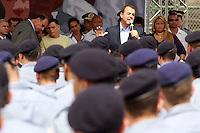 RIO DE JANEIRO, RJ, 28 AGOSTO 2012 - INAUGURACAO UPP ALEMAO - O governador Sergio Cabral durante inauguracao nesta terça-feira (28), mais duas novas Unidades de Polícia Pacificadora (UPPs), do Complexo da Penha, na Zona Norte do Rio de Janeiro (RJ). Com um total de 520 policiais militares que irão patrulhar seis comunidades das novas UPPs (Parque Proletário e Vila Cruzeiro), a iniciativa completa o cinturão de segurança dos complexos da Penha e do Alemão. (FOTO: GUTO MAIA / BRAZIL PHOTO PRESS).