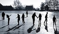 Schaatsen op natuurijs in Broek in Waterland