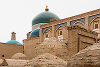 Pahlavon Mahmud Mausoleum in der Altstadt Ichan Qala, Chiwa, Usbekistan, Asien, UNESCO-Weltkulturerbe<br /> Pahlavon Mahmud Mausoleum in the  hitoric city Ichan Qala, Chiwa, Uzbekistan, Asia, UNESCO heritage site