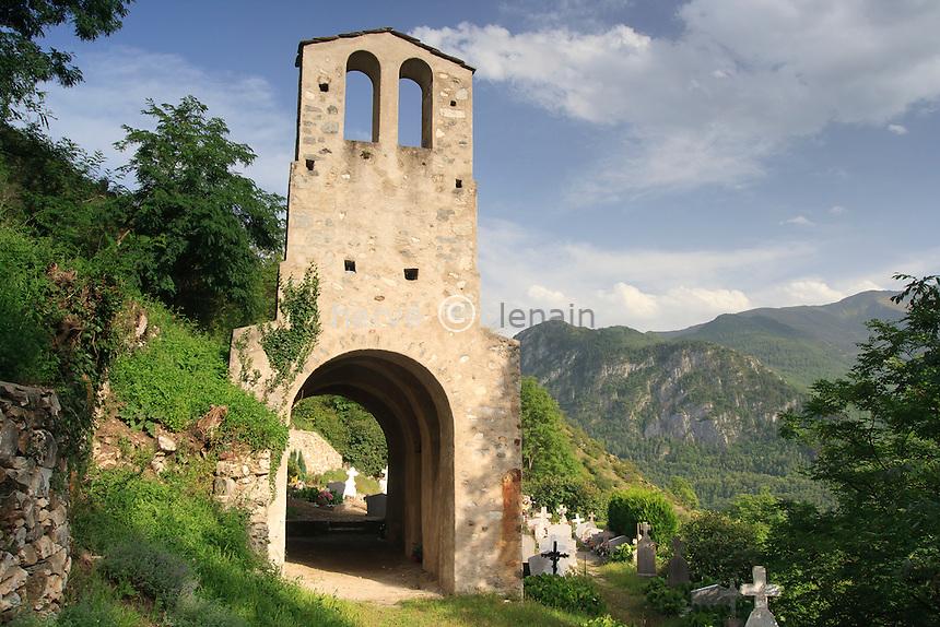 France, Ariège (09), Vicdessos, hameau de Sentenac, chapelle romane du cimetière de Sentenac // France, Ariège, Vicdessos, hamlet of Sentenac, Romanesque chapel cemetery Sentenac
