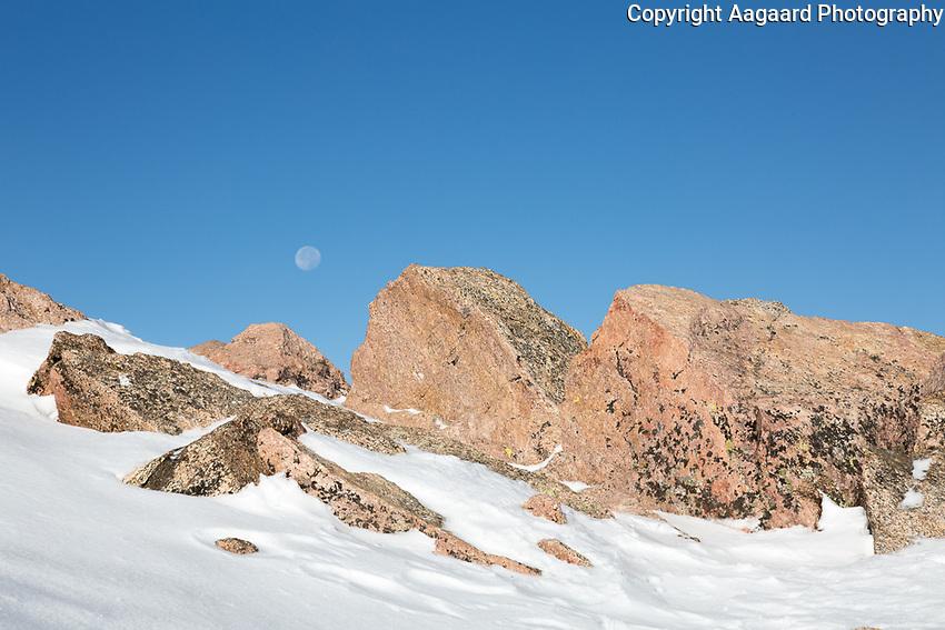 Moonset over Mt. Bierstadt