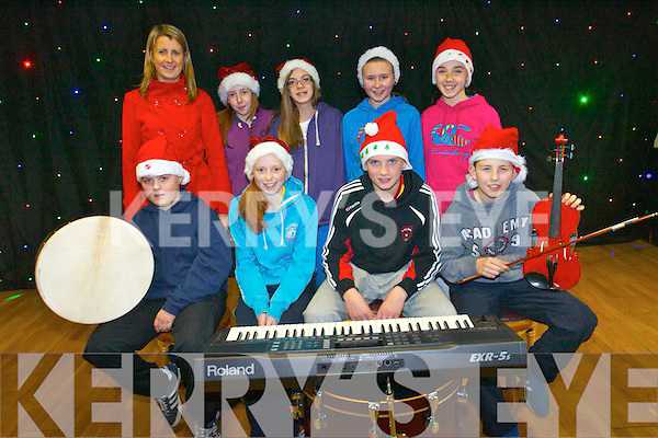 Teenagers in Rathmore Social Action Group are busy putting the final touches to their annual variety show for St Joseph's Day Care Centre.<br />Front L-R Mark O'Donoghue, Katie Horgan, Derry McCarthy and Timmy O'Connell. <br />Back L-R Hazel Byrne (manager of Teach Iosgain), Hannah Downey, Zuzanna Mocarska, Catrín Jones and Brid O'Connor.