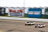 #2: Sheldon Creed, GMS Racing, Chevrolet Silverado Chevrolet Accessories, #17: Raphael Lessard, DGR-Crosley, Toyota Tundra RESEAU Dynamique.com / FRL Express INC.