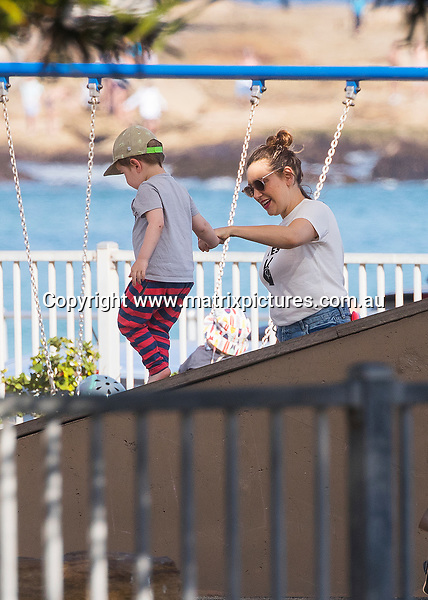 7 OCTOBER 2017 SYDNEY AUSTRALIA<br /> WWW.MATRIXPICTURES.COM.AU<br /> <br /> EXCLUSIVE PICTURES<br /> <br /> Zoe Foster-Blake pictured out and about in Bondi with Sonny for ice-cream and later with Hamish Blake and daughter Ruby at the airport as they jet out of Sydney.<br /> <br /> Note: All editorial images subject to the following: For editorial use only. Additional clearance required for commercial, wireless, internet or promotional use. Images may not be altered or modified. Matrix Media Group makes no representations or warranties regarding names, trademarks or logos appearing in the images.